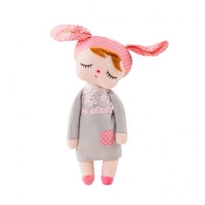 pop knuffel meisje met konijnen oren