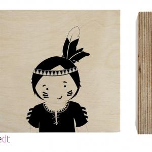 kinderkamer accessoires Houten blokje van Zoedt met print van een indianen jongen